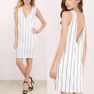 Tobi 'East side' Plunging shift dress size Small